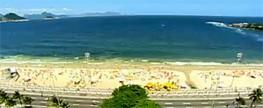 Lixo toma conta das praias brasileiras