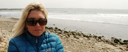 Ocean Minders: An Interview with Pro Surfers Mary Osborne and Jennifer Flannigan