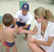 Praia Limpa reforça trabalho de conscientização na limpeza das praias