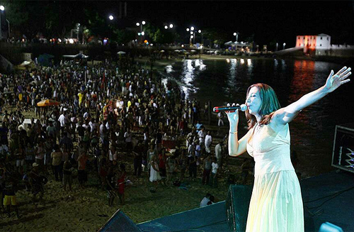 Show de Jussara Silveira foi um dos mais esperados da noite pelo  público. Luciano da Matta / Agência A Tarde