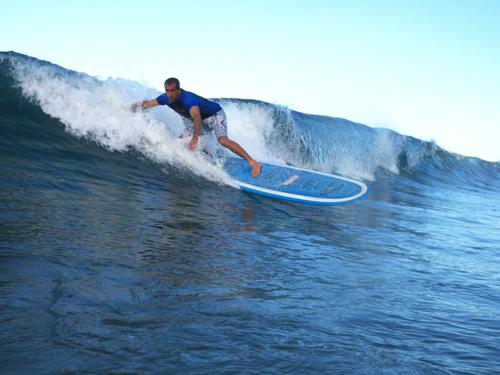 Zé Augusto acumula mais de 30 anos de surf. © Bernardo Mussi
