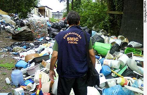 Agência Senado - 15/09/2010 - Projeto dá incentivo fiscal a quem trocar plástico convencional por biodegradáveis
