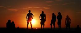 Jovens saem para passear na praia e são violentadas em paraíso turístico do Ceará
